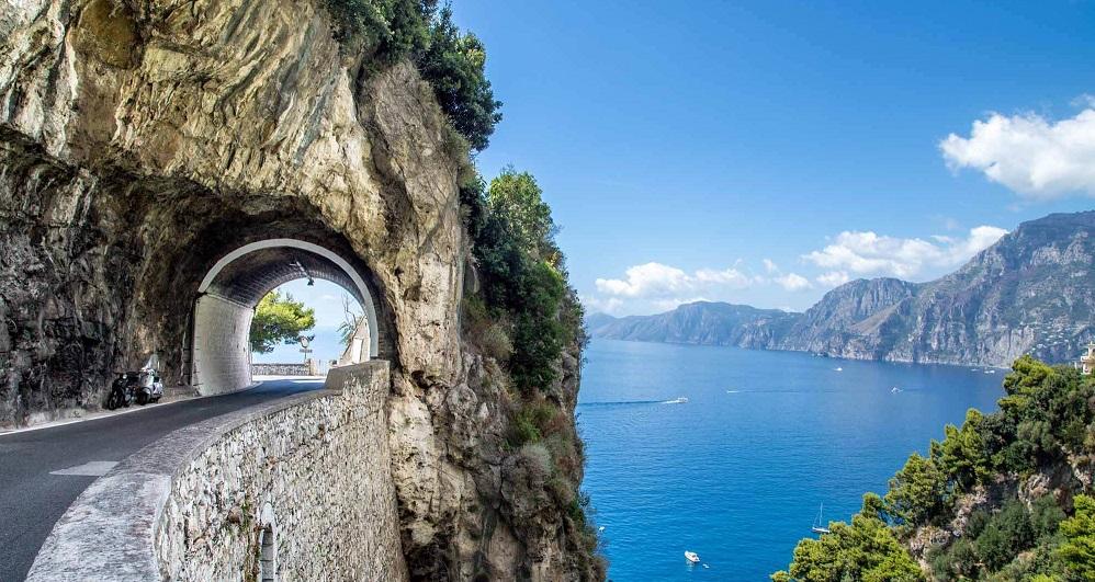 Visit Costiera Amalfitana: il paradiso in meno di 50 kilometri di costa